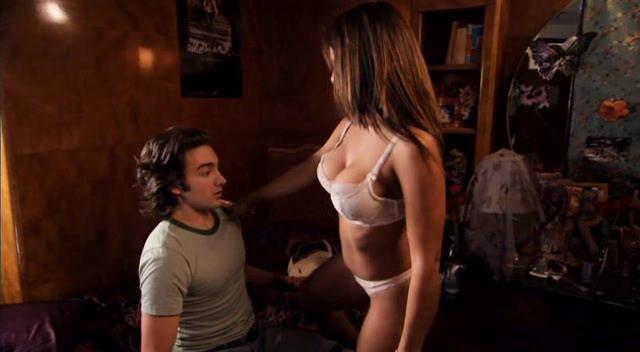 порно актрисы из переполох в общаге