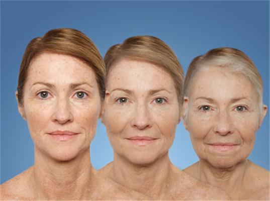 Ученые: Определен возраст, когда женщины относятся к себе особенно критично